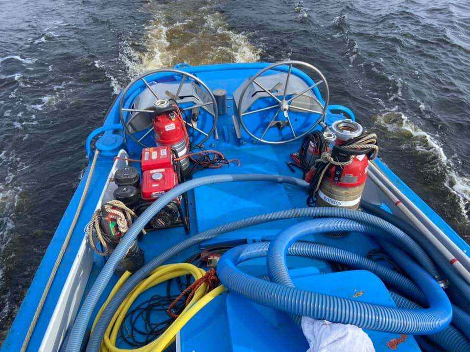 Waterpompen woonboot